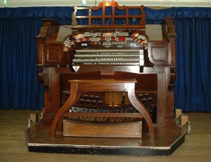 A Blast from the Past – Compton Cinema Organ (Event from 2019)