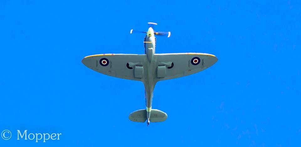 Amanda-Morby-Spitfire80-flypast-4th-March-